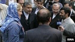ملوان ها پیش از آزادی با احمدی نژاد دیدار کردند.