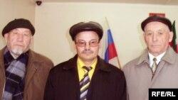 Айдар Хәлим (c), Рәфис Кашапов һәм Юныс Камалетдинов (у)
