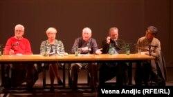 Božidar Jakšić, Branka Prpa, Ante Lešaja, Milan Šarac i Saša Milošević na promociji knjige u Beogradu