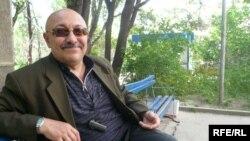 Алихан Бектасов, бывший начальник отдела по связям с общественностью ДВД Алматы, полковник полиции. Алматы, июнь 2009 года.