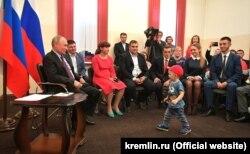 Жители Тулуна на встрече с президентом России
