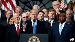Trumpova prva godina na svjetskoj sceni