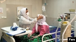 A COVID-19 patient being treated in Abadan. May 10, 2020
