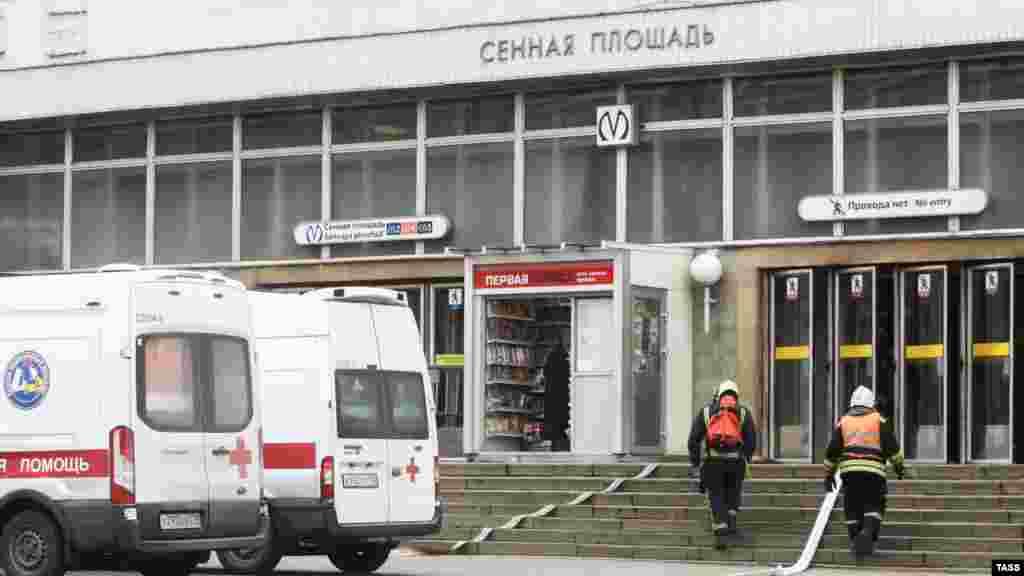 Выход из станции«Сенная площадь», на которой произошел взрыв