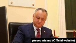 Молдова президенти Игорь Додон.