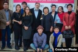 """Замира - выпускник """"Академии гражданского просвещения"""". Программа объединяет молодых лидеров со всего Кыргызстана."""