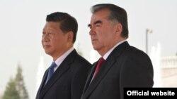 Тажик президенти Эмомали Рахмон менен Кытайдын лидери Ци Сзинпин