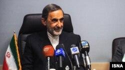 علی اکبر ولایتی، یکی از سه عضو ائتلاف ۱+۲ در جریان اصولگرایان برای انتخابات ریاست جمهوری ۹۲.