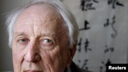 Лауреат Нобелевской премии по литературе 2011 года Томас Транстрёмер