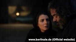 حسن معجونی و لیلا حاتمی در صحنهای از فیلم خوک