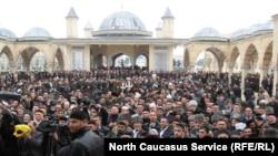 У главной мечети в Грозном, Чечня