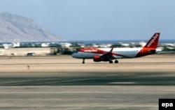 Самолет британской чартерной авиакомпании EasyJet в аэропорту Шарм-эш-Шейха. 6 ноября