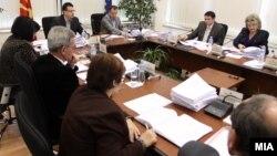 Седница на Државната изборна Комисија (ДИК) за изборните приговори за локалните избори 2013.