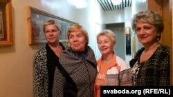 Удзельніцы ансамбля «Сьвітанак» Беларускага культурнага цэнтру ў Вісагінасе