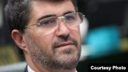 موسیالرضا ثروتی، نماینده مجلس شورای اسلامی، میگوید که اجرای طرح مسکن مهر باید ادامه یابد ولی حجم کار باید به اندازه نقدینگی موجود باشد