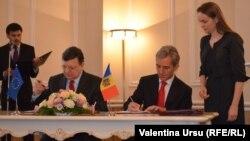 Președintele Comisiei Europene Jose Manuel Barroso și premierul Moldovei Iurie Leancă, Ckișinău, 12.06.2014.