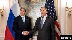 Джон Керри и Сергей Лавров во время конференции по безопасности Мюнхене, 31 января 2014