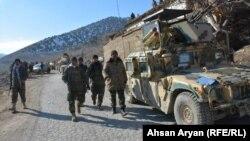 آرشیف، نیروهای امنیتی افغانستان در جریان یک عملیات
