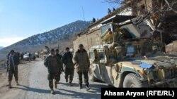 افغان ځواکونه د پکتیا - خوست په لويه لاره کې. ارشيف