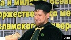 Общественность ждет, когда Кадыров решит уравнение Колмогорова