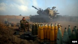 Газзә чигендәге Израил хәрбие. 21 июльдәге фото