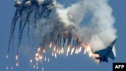 Авиашоу на МАКС-2007 в подмосковном Жуковском