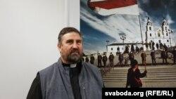 Архіяпіскап Сьвятаслаў Логін у штаб-кватэры Радыё Свабода ў Празе, 2018 год.