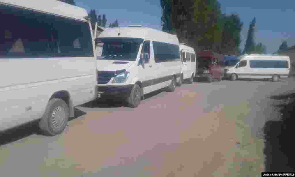 Өкмөттүн Баткен облусундагы ыйгарым укуктуу өкүлү Акрам Мадумаров 26-июлда эки өлкөнүн президенттеринин жолугушуусу белгиленип жатканын айтты.