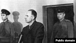 Олег Пеньковский на судебном процессе