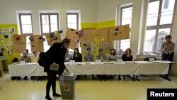 Pamje gjatë zgjedhjeve në Çeki