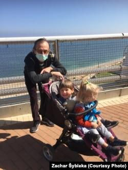 Тата — парушальнік карантыну: ад хаты да мора 1,5 км