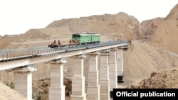 Uzbekistan's new Angren-Pap railway line cost some $i.9 billion. (file photo)