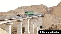 Uzbekistan's new Angren-Pap railway line cost some $i.9 billion. (file photo)