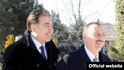 Михеил Саакашвили (слева) и Ильхам Алиев, Баку, 6 марта 2012