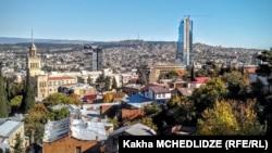 Pamje e kryeqytetit Tbilisi në Gjeorgji
