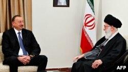 Iran -- Azərbaycan prezidenti İlham Əliyev və İranın ali dini lideri Ayatollah Ali Khamenei, 9 aprel, 2014