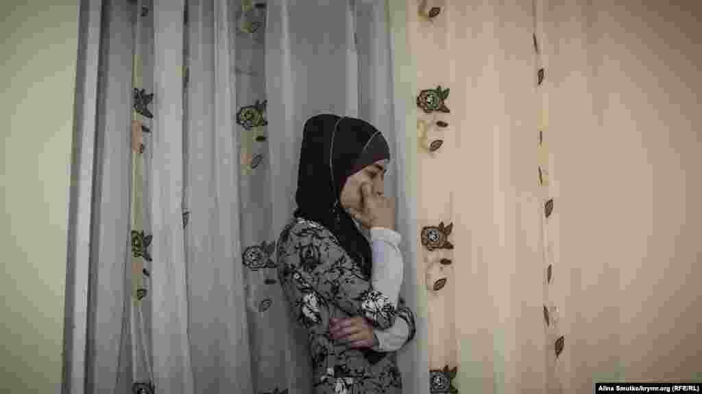Дружина Тофіка – Аліє Кутаметова. Її бабусі під час обшуку стало зле, довелося викликати швидку