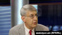 RFE/RL President Thomas Kent during interview at RFE/RL's Azatutyun TV News Center in Yerevan September 6, 2016.