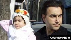 شهرام فرجزاده و دخترش آوا