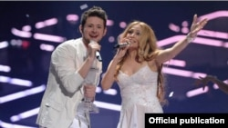 Azerbaijan's Eurovision-winning duo Ell/Nikki -- Eldar Gasimov (left) and Nigar Jamal. A popular blog says Gasimov has prominent Tatar relatives.