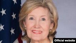 Архивска фотографија-постојаната претставничка на САД во НАТО Кеј Бејли Хачисон