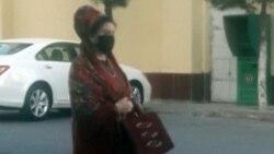 Maryda polisiýa adamlardan maska düzgünini 'dogry berjaý etmegi' talap edýär