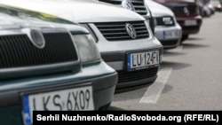 Акція «За доступне розмитнення» власників авто на єврономерах біля Верховної Ради, Київ, 15 травня 2019 року
