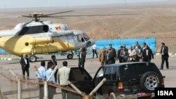 Махмуд Ахмадинежад мінген тікұшақтың Эльбрус тауында қонған кезі.