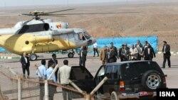 بالگرد حامل محمود احمدینژاد پس از سانحه. عکس از ایسنا.