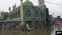 Pakistanda daşqın (arxiv fotosu)