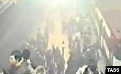 После взрыва в минском метро. 11 апреля 2011 года.