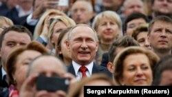 Владимир Путин на праздновании Дня города