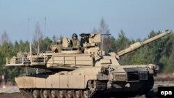Türkiyə Suriyaya müdaxilədə müasir Leopard tanklarından istifadə edir (Arxiv)