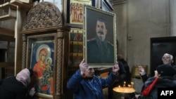 Portret Staljina u crkvi u njegovom rodnom gradu Gori u Gruziji